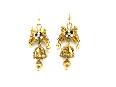 Victorian Gold  Enamel and Pearl Earrings  GldE002 1