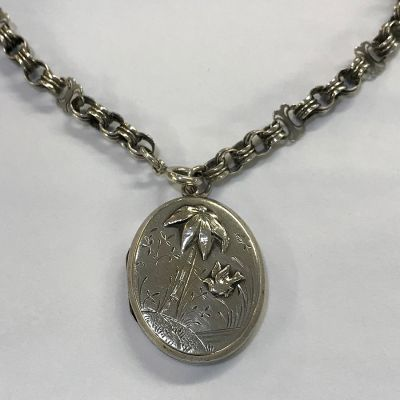 Victorian Sterling Silver Double Picture Oval Locket   Chain 2