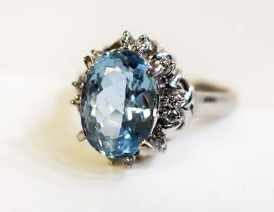 Vintage-Aquamarine-and-Diamond-Ring-CFA1711126-84324a
