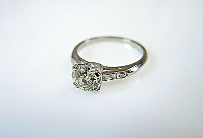 Vintage-Diamond-Ring-CFA1404312-75527a