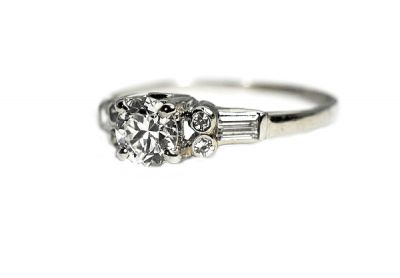 Vintage-Diamond-Ring-CFA190261-85570a1a