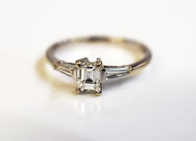 Vintage-Emerald-Cut-Diamond-Ring-AGL73591-83830