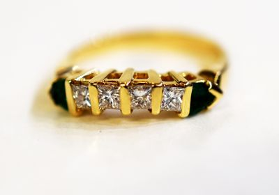 Vintage-Emerald-and-Diamond-Ring-AGL70400-83442