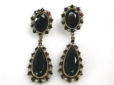 Vintage-Garnet-and-Pearl-Drop-Earrings-CFA1703200-83502