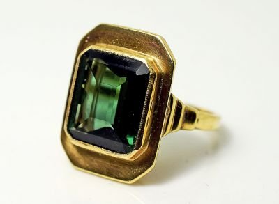 Vintage-Green-Tourmaline-Solitaire-Ring-CFA1808108-85186a