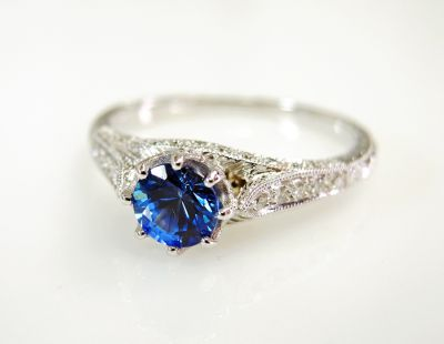 Vintage-Inspired-Sapphire-and-Diamond-Ring-CFA1605109-82020