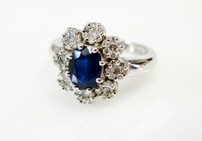 Vintage-Inspired-Sapphire-and-Diamond-Ring-CFA190366-85607a