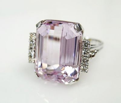 Vintage-Kunzite-and-Diamond-Ring-CFA1703129-83445a