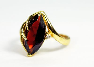 Vintage-Marquise-Garnet-and-Diamond-Ring-CFA180972-85250a
