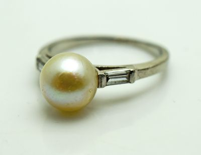 Vintage-Pearl-and-Diamond-Ring-AGL73592-83831aa