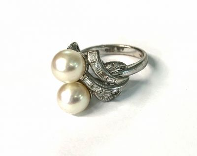Vintage Pearl and Diamond Toi et Moi Ring