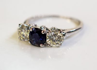 Vintage-Sapphire-and-Diamond-Ring-AGL67263-82866a