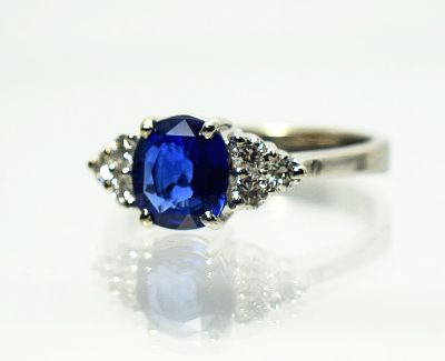 Vintage-Sapphire-and-Diamond-Ring-AGL81591-85088a