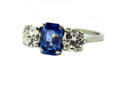 Vintage-Sapphire-and-Diamond-Ring-CFA1709136-84065a2a