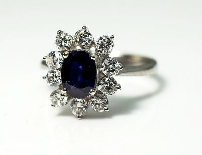 Vintage-Sapphire-and-Diamond-Ring-CFA180851-85161a
