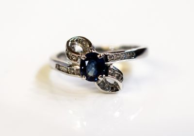Vintage-Sapphire-and Diamond-Ring-CFA1503154-79259