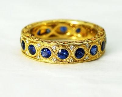 Vintage-Style-Sapphire-and-Diamond-Eternity-Band-AGL81182-85066a
