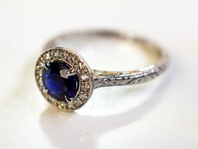 Vintage-Style-Sapphire-and-Diamond-Ring-AGL78941-84819a