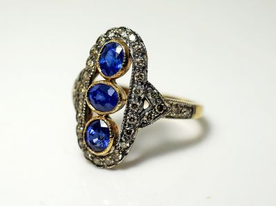 Vintage-Style-Sapphire-and-Diamond-Ring-HWL108886AN-75205a