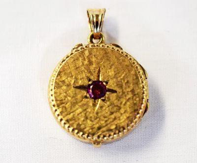 Vintage-Synthetic-Ruby-Locket-Pendant-CFA1403231-75257a
