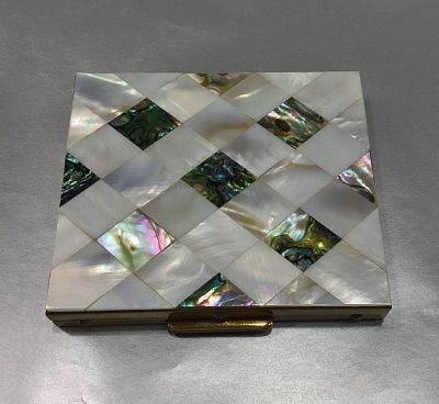 Vintage Mother of Pearl and Abalone Powder Compact 2