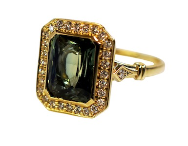 Edwardian style green sapphire and diamond ring