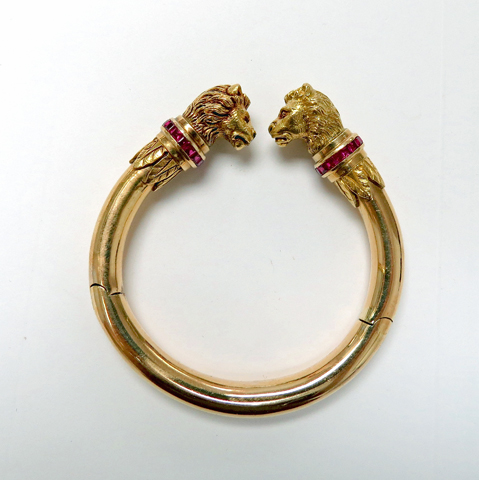 Vintage Gold Lion Head Bangle